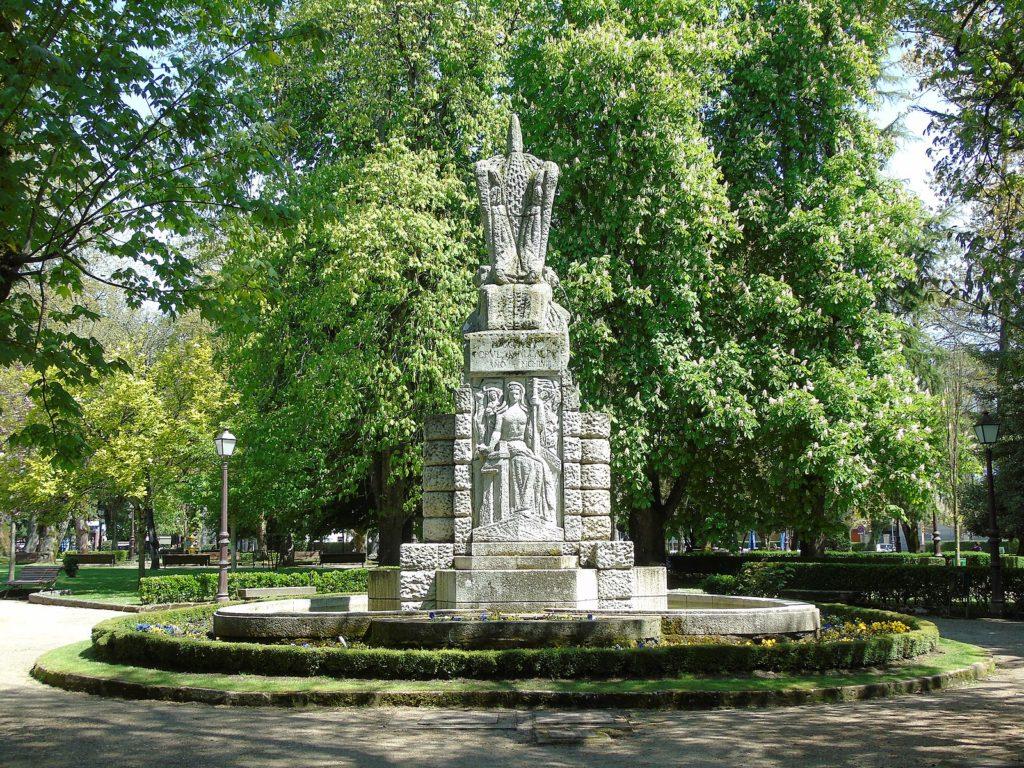 Monumento Parque Rosalía De Castro, en Lugo, Galicia