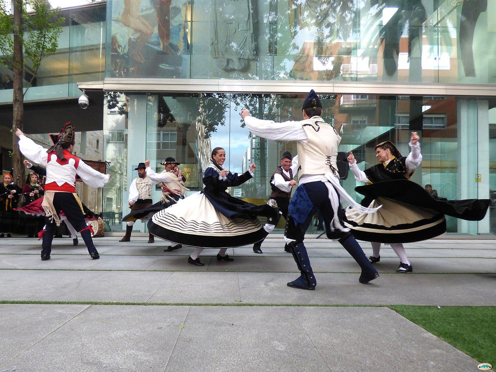 Baile tradicional gallego