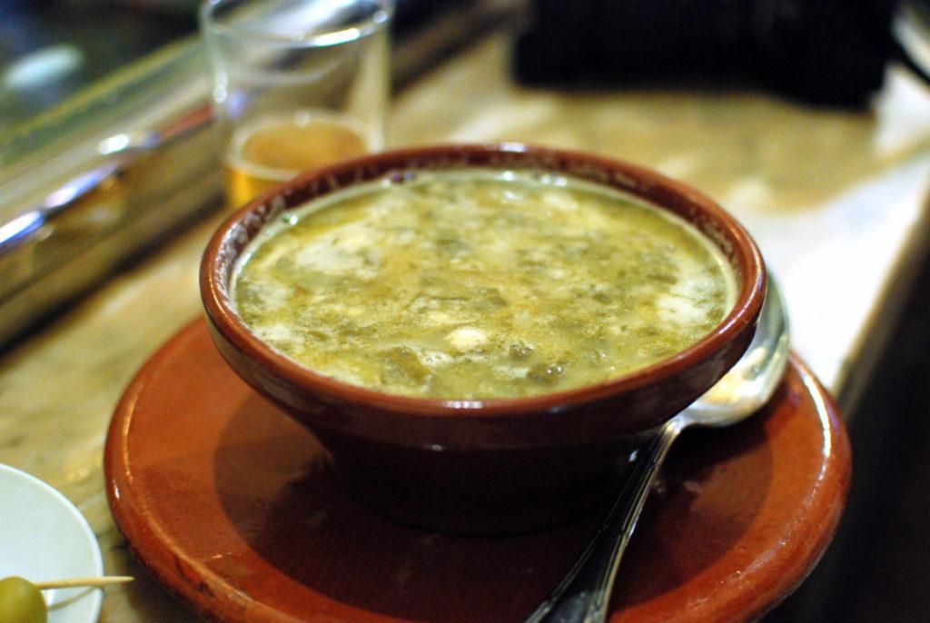 Caldo gallego típico de su gastronomía