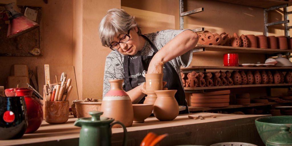 Carmen, artesana en O Falsete