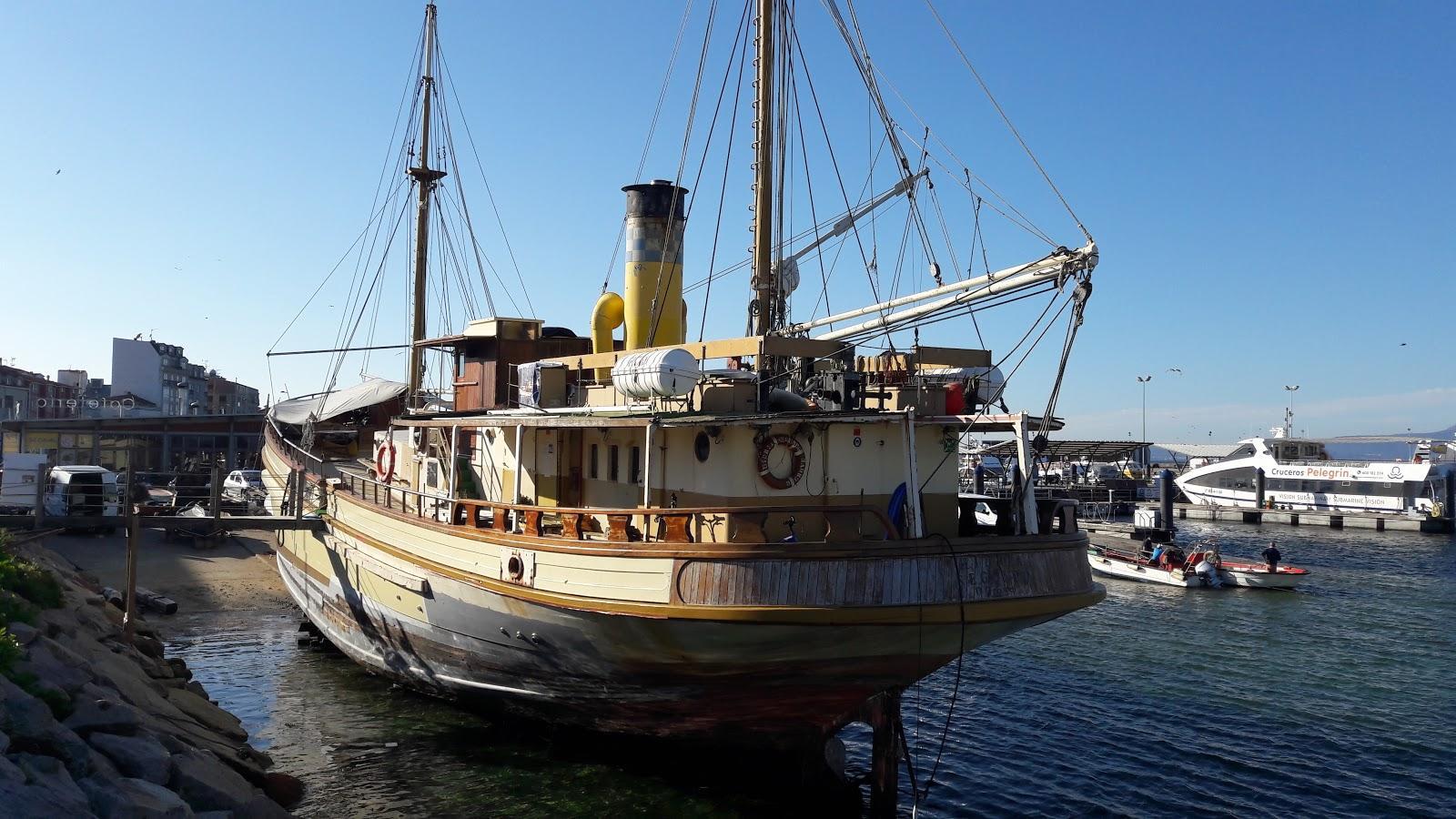 Buque museo a vapor Hidria II